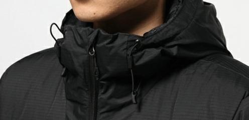 登山用ダウンジャケットのドローコード