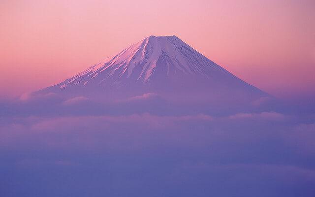 富士山もOK、最初の一足におすすめのレディーストレッキングシューズ