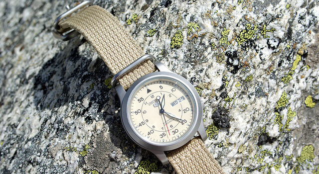 初心者におすすめの安い登山時計