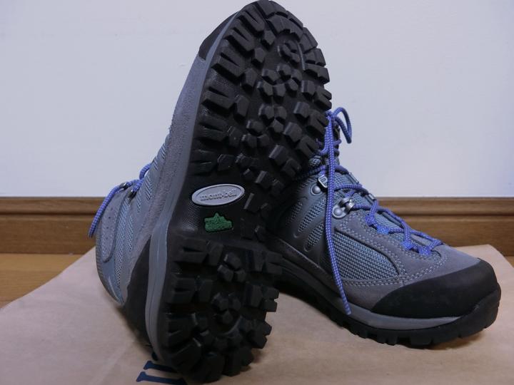モンベルの初心者向けレディース登山靴のソール